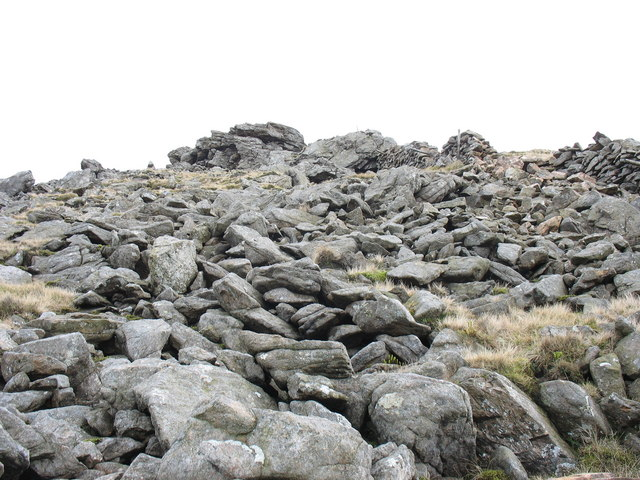 The summit tor of Gyrn Goch