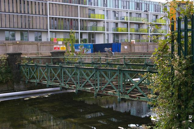 Disused Bridge over the New River, Hornsey