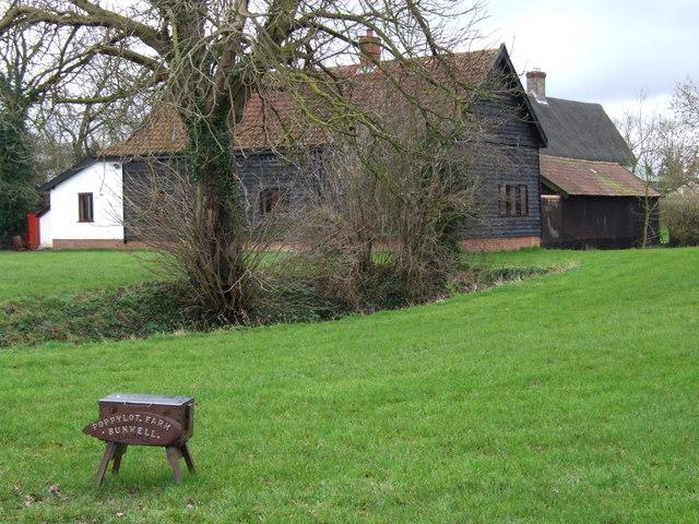 Poppylot Farm, Bunwell