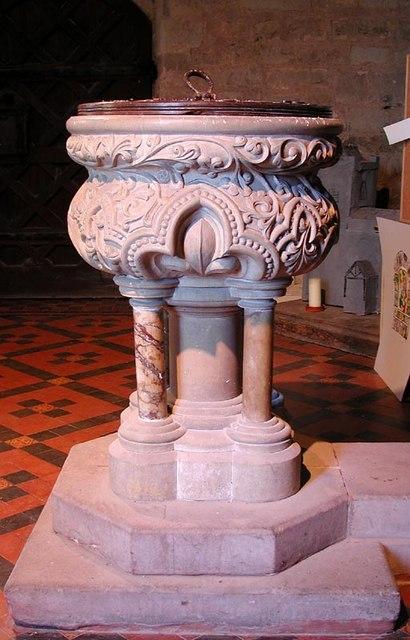 St Andrew, Allensmore, Heref - Font