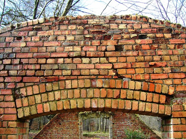 Old ammunition store, Charcoal Burners Road, Savernake (4)