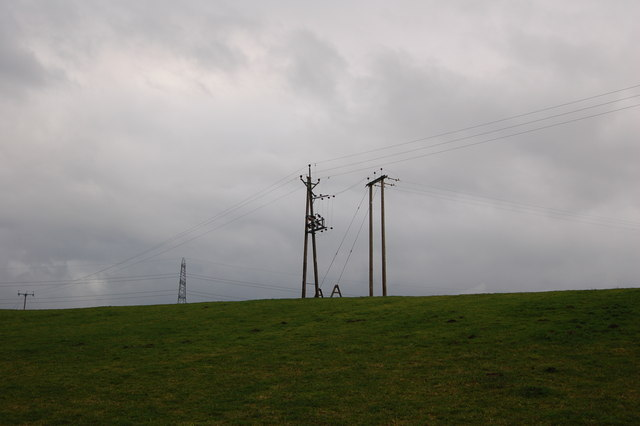 pylons near Southfield Farm