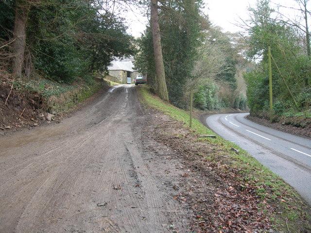 Entrance to Harehead & A708