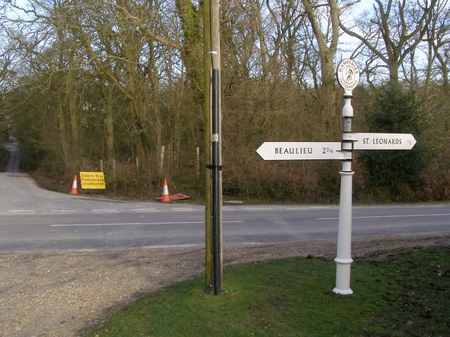 Guidepost at a road junction in Salternshill Wood, Beaulieu Estate