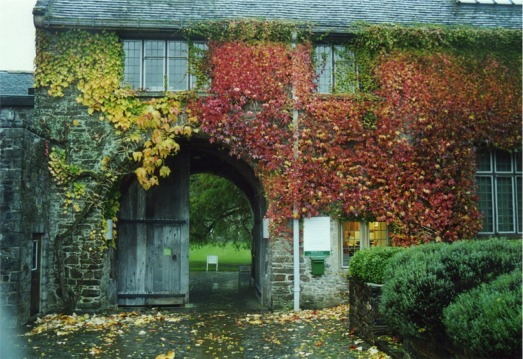 Gateway to courtyard, Dartington Hall
