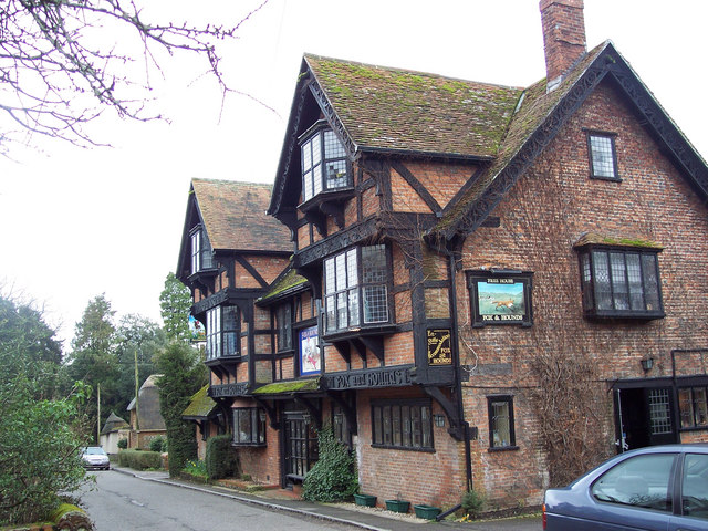 The Fox and Hounds, Crawley