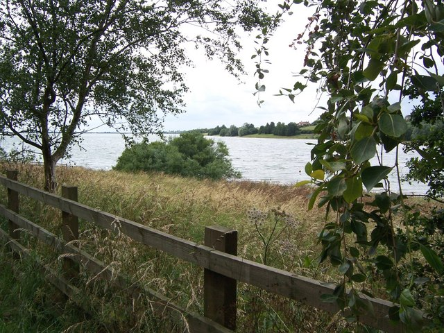 Looking west from the birdwatching hut at Draycote Water