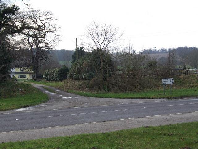 Lane across A1067, Attlebridge