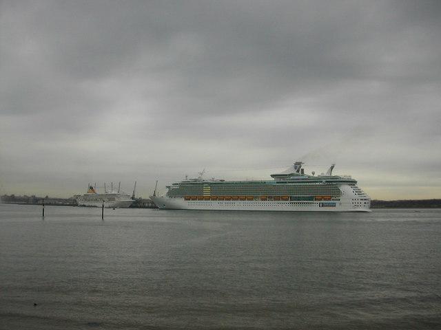 """Freedom Of The Seas"" approaching Southampton"