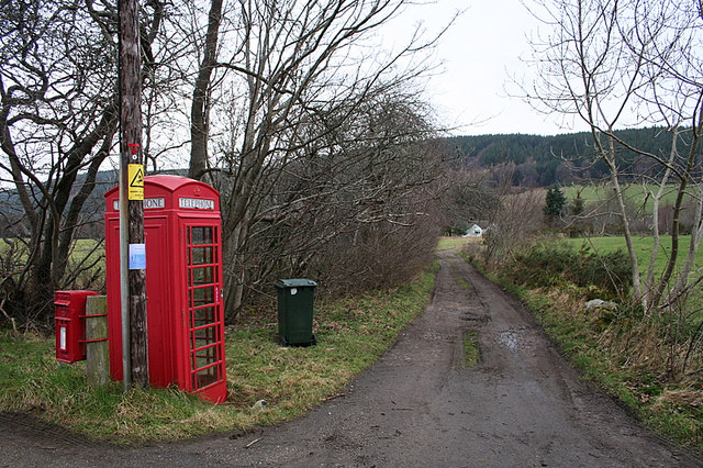Barnhill phonebox and letterbox.