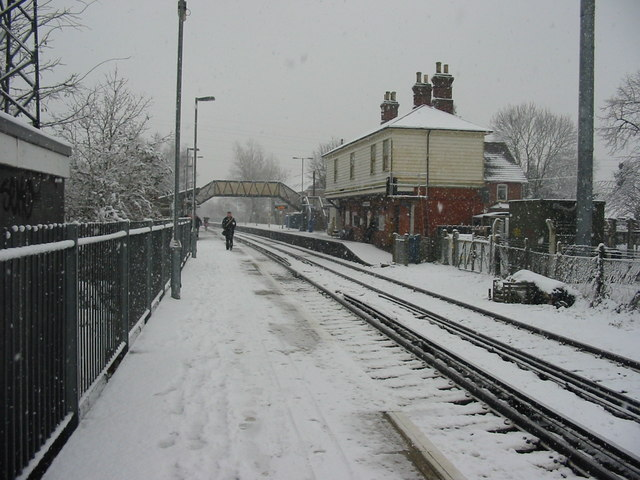 Earley Station