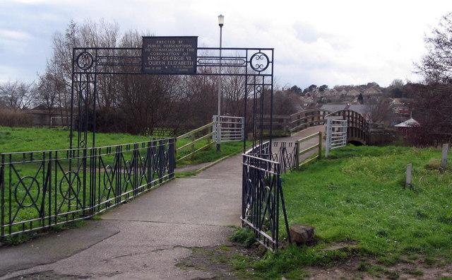 St. Mary's bridge, over the River Brit, Bridport