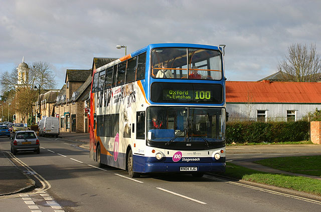 Carterton, Number 100 bus to Oxford