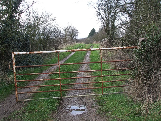 Track next to dismantled railway, Radclive