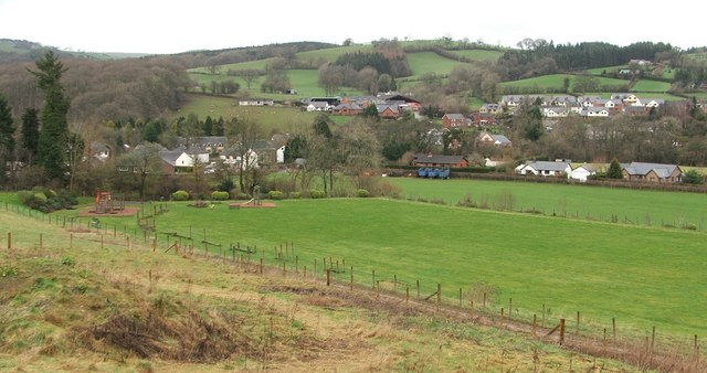 Pontrobert play area & village