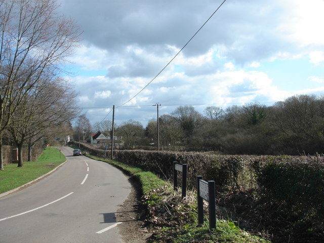 Looking east towards Wormley West End