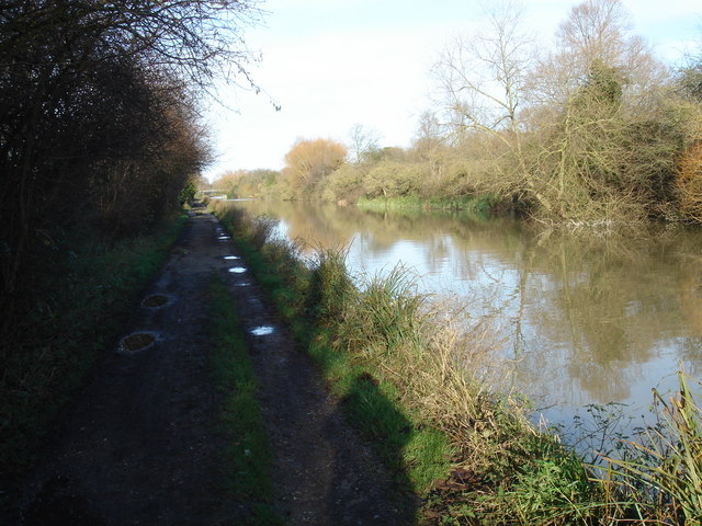 Towpath, Turnford