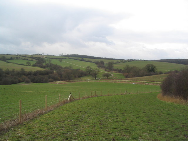 Broad bridleway running west to Launde Abbey