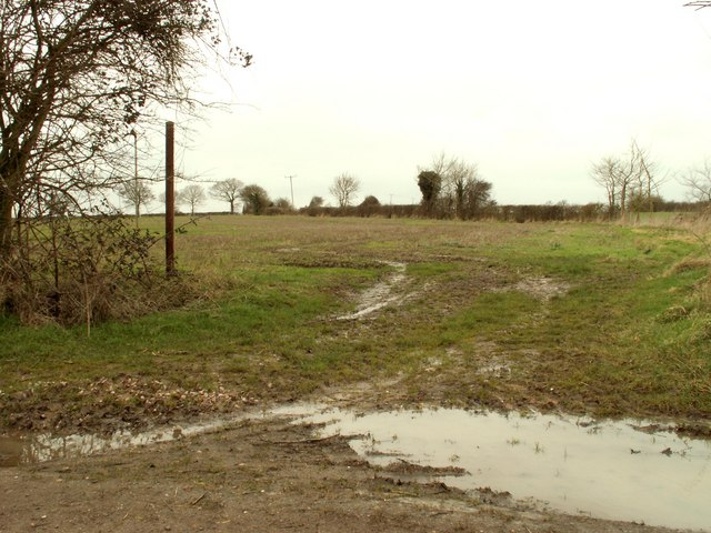 Footpath just west of Bedingfield