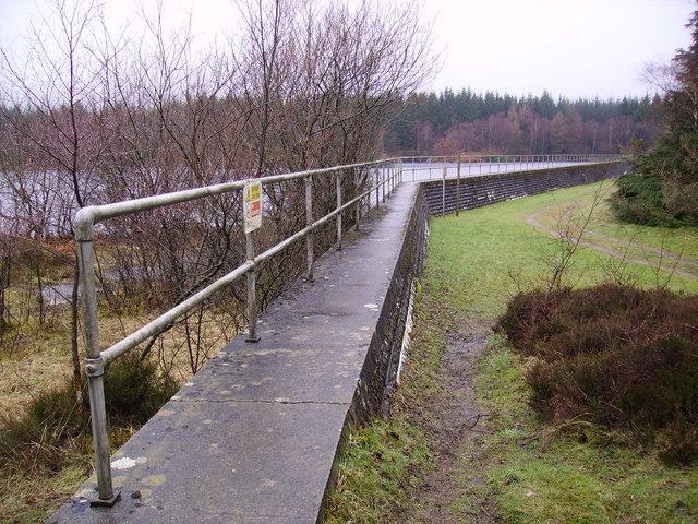Dam, Simpson Ground