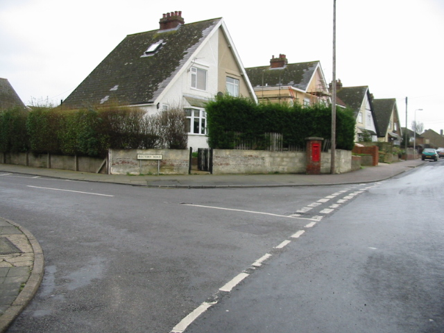 Junction of Rectory Road with St Richard's Road