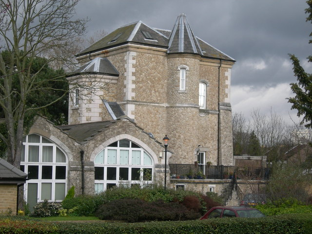Pump House Close, Shortlands