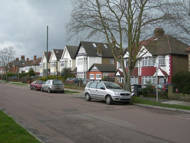 Ravensbourne Avenue, Shortlands