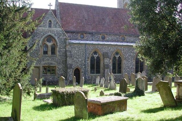 St Mary the Virgin, Welwyn, Herts - Churchyard