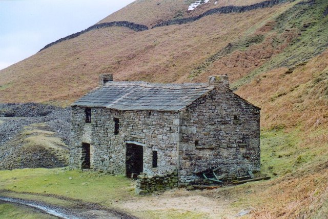 Old Mine Smithy above Crackpot Hall