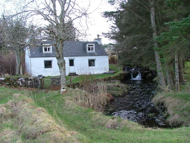 Cottage by the Allt a' Choire Bhuidhe