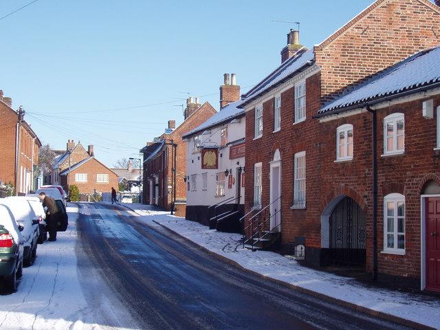 Loddon High Street and The Angel Pub