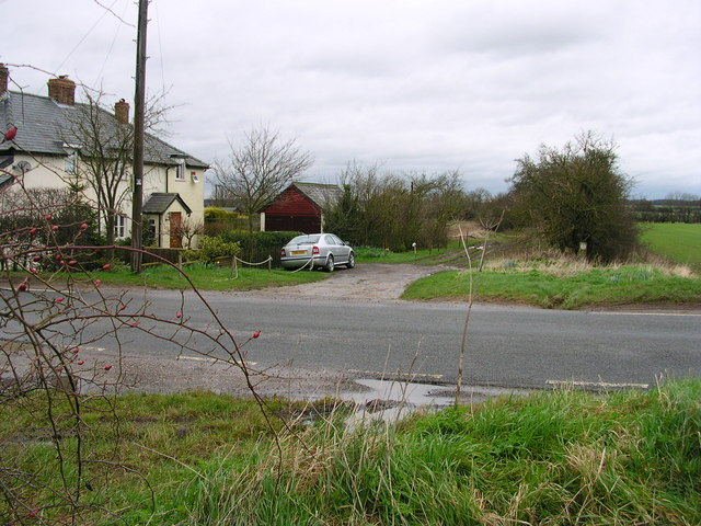 Harcamlow Way at Green End Cottages
