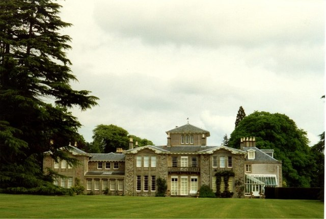 Dochfour House