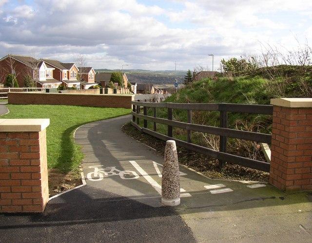 Cycle path, Redwood Drive, Bradley, Huddersfield