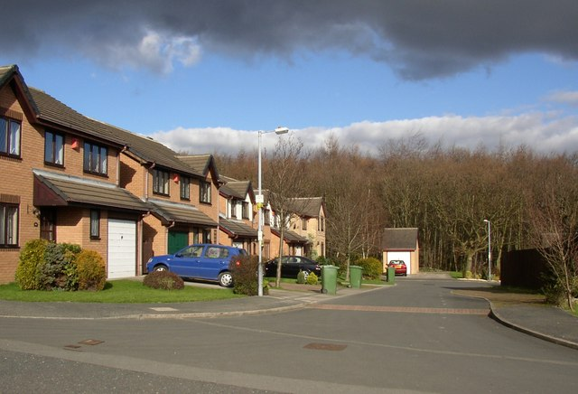 Cul-de-sac off Redwood Drive, Bradley, Huddersfield