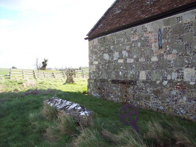 St Martins Church, Fifield Bavant - Churchyard