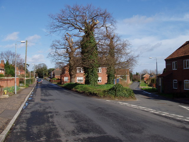 Junction of High and Low Bungay Roads Loddon