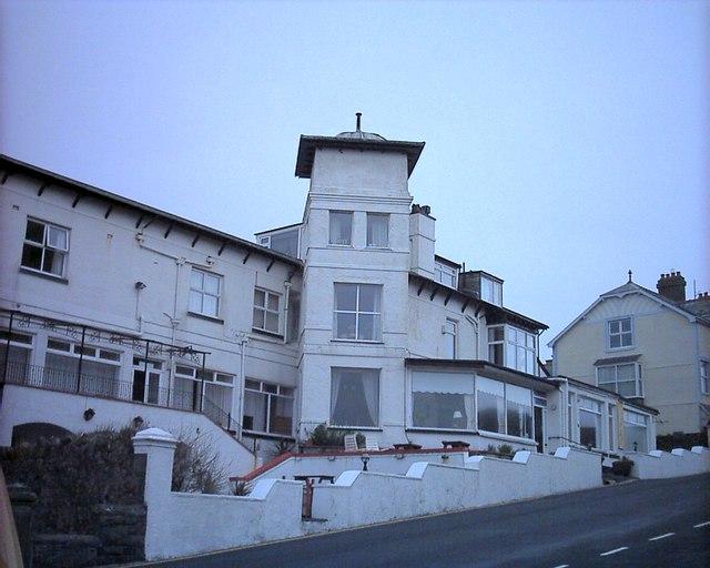Gwesty'r Marine Hotel Criccieth
