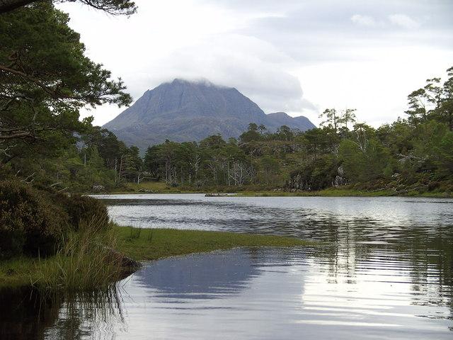 Loch on Eilean Subhainn/Loch Maree