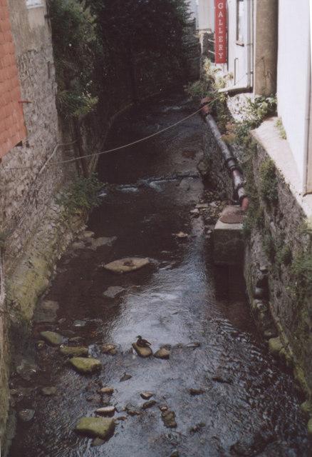 Stream Lyme Regis
