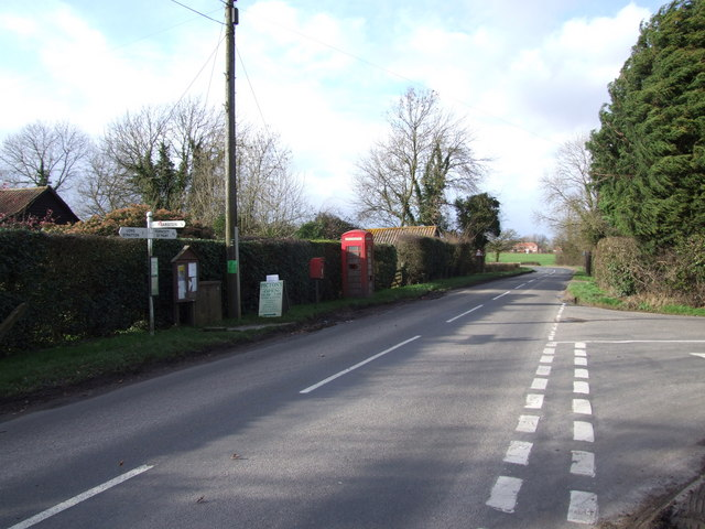 Red Telephone Box and Junction, Cuidad Rodrigo, Tharston