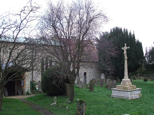 Radclive - War Memorial in churchyard