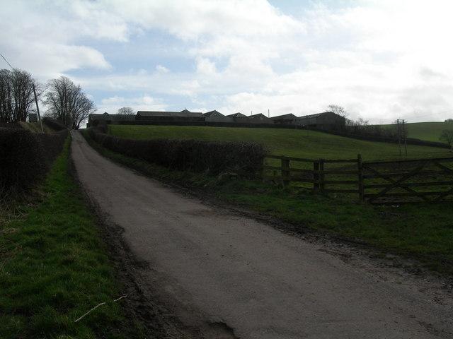 Minor road and Mardon farm