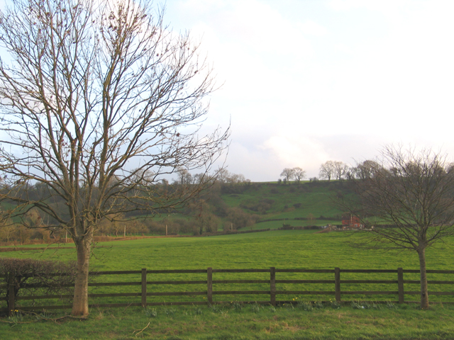 View towards Laverley