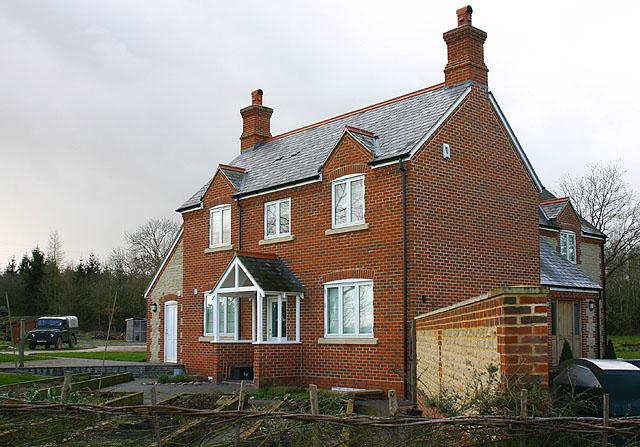 House near Tar Wood