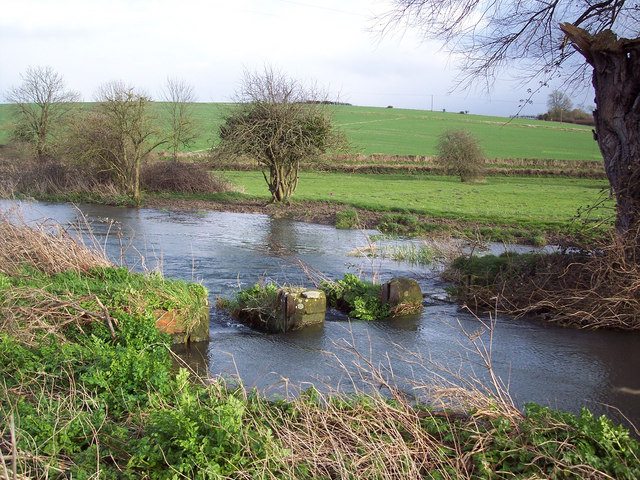 Broken hatches on the River Ebble at Bishopstone