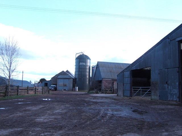 Great Llan-llwydd Farm