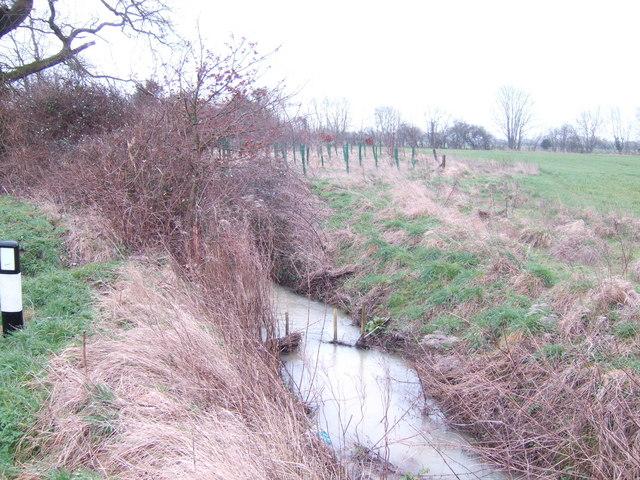 Culvert by the lane to Marston Meysey