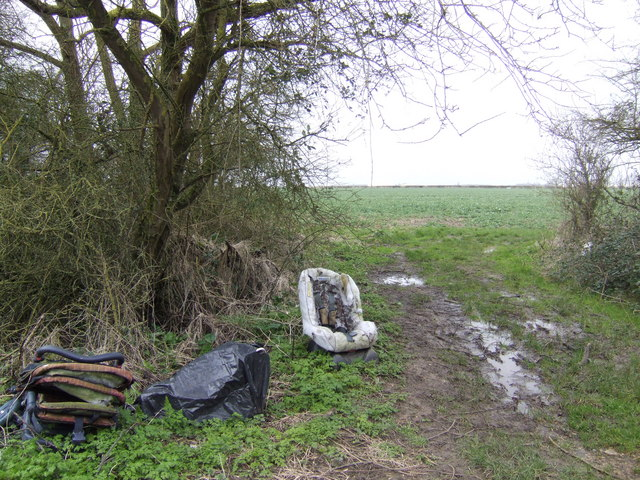 Fly-tip near Kempsford