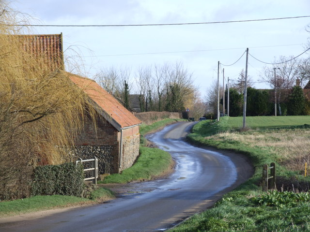 The Road between Low Farm and The Manor, Tibenham